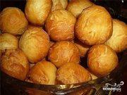 Бауырсаки,  пирожки,  лепешки-шелпек, чак-чак, манты и бешбармак