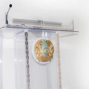 Трибуна из литого органического стекла (толщина 8 мм)