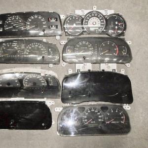 Щиток приборов на Toyota – LC Prado,  Hilux Surf
