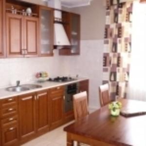 изготавливаем кухни из дерева